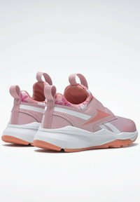 Reebok - REEBOK XT SPRINTER SLIP-ON SHOES - Stabilty running shoes - pink - 2