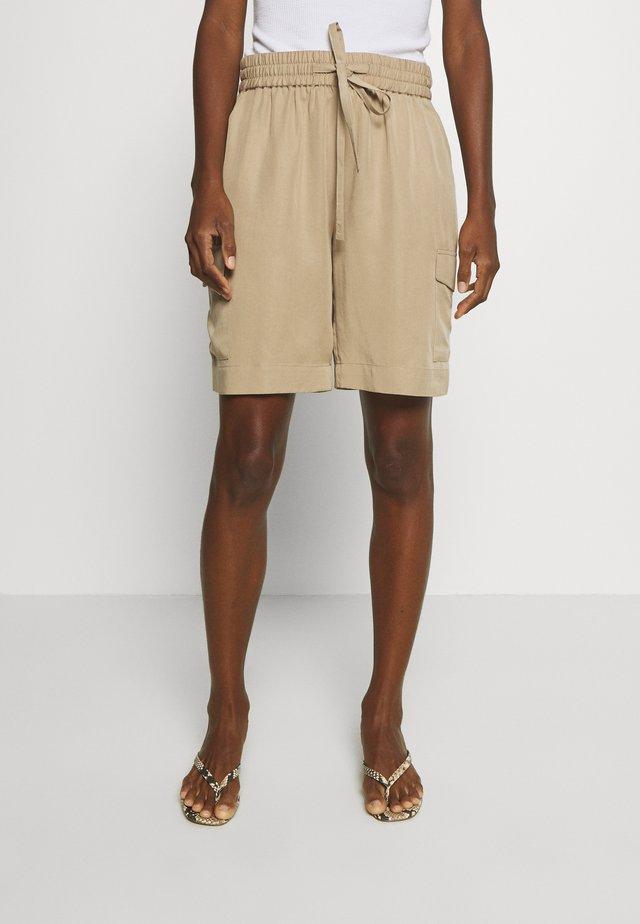 Shorts - beige sand