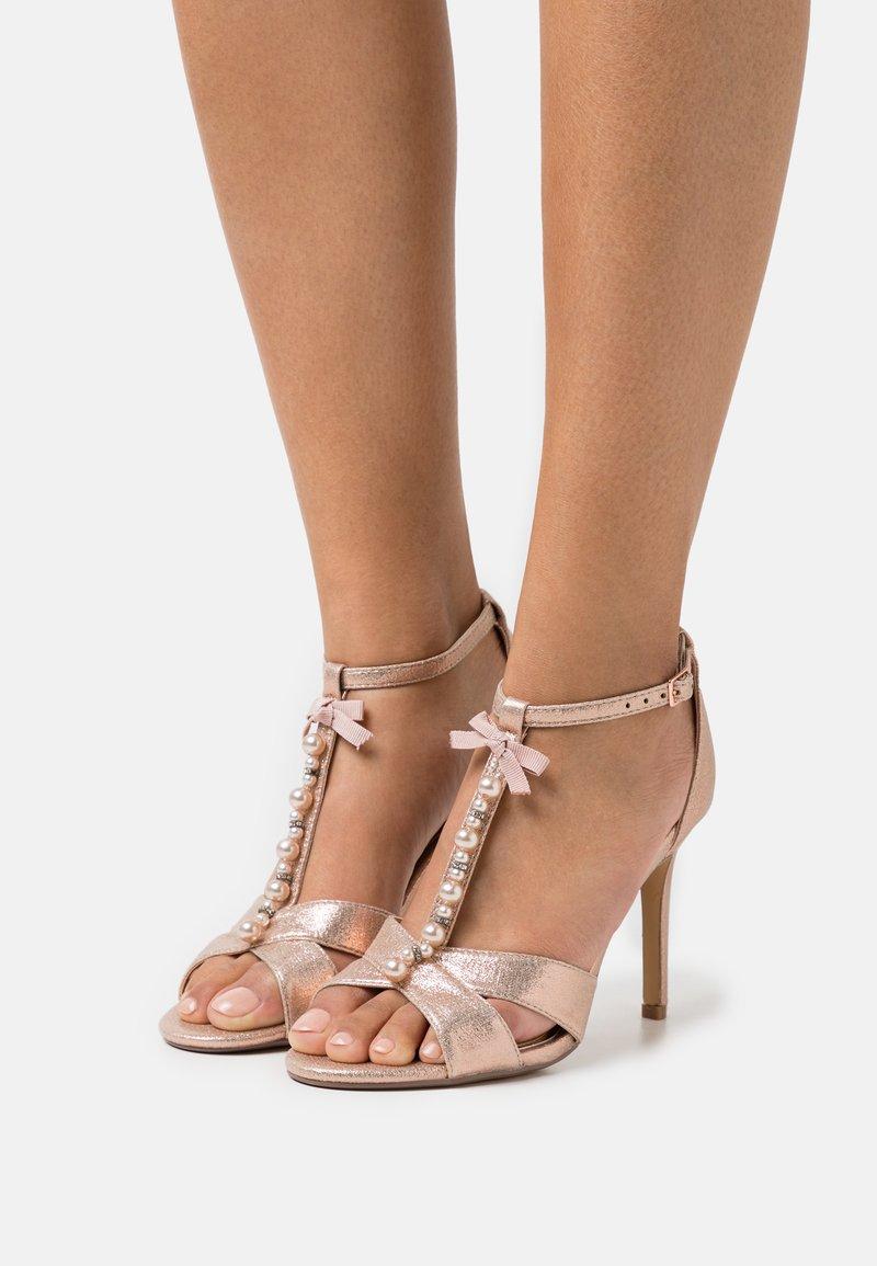 Head over Heels by Dune - MELODIEE - Sandalias - pink metallic