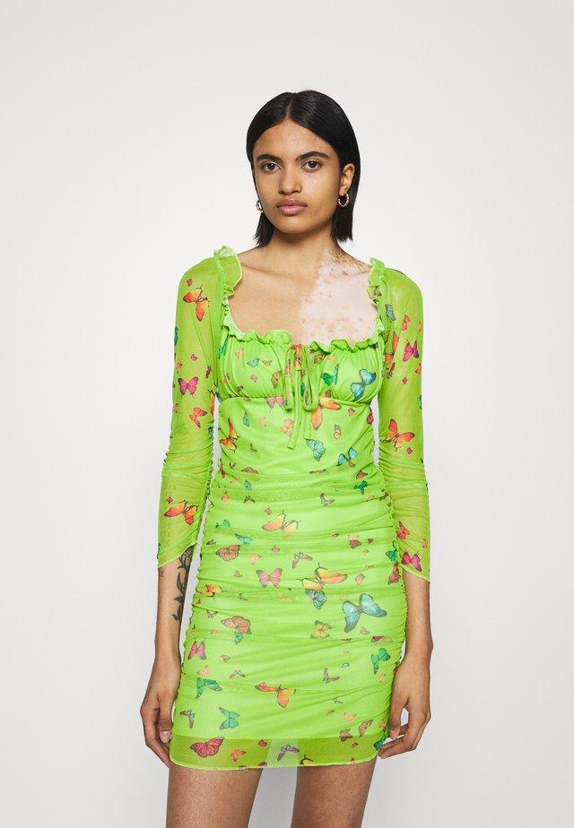 BUTTERFLY DRESS - Korte jurk - green