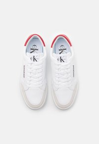 Calvin Klein Jeans - CUPSOLE LACEUP - Tenisky - bright white - 3