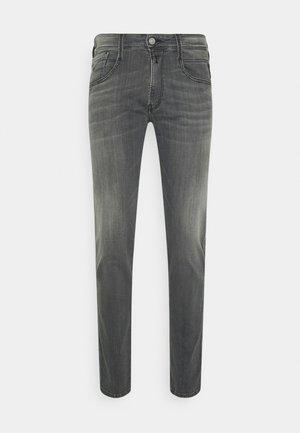 ANBASS - Straight leg jeans - light grey