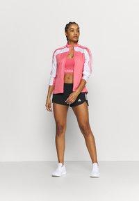 adidas Performance - RUN IT SHORT - Pantaloncini sportivi - black/white - 1