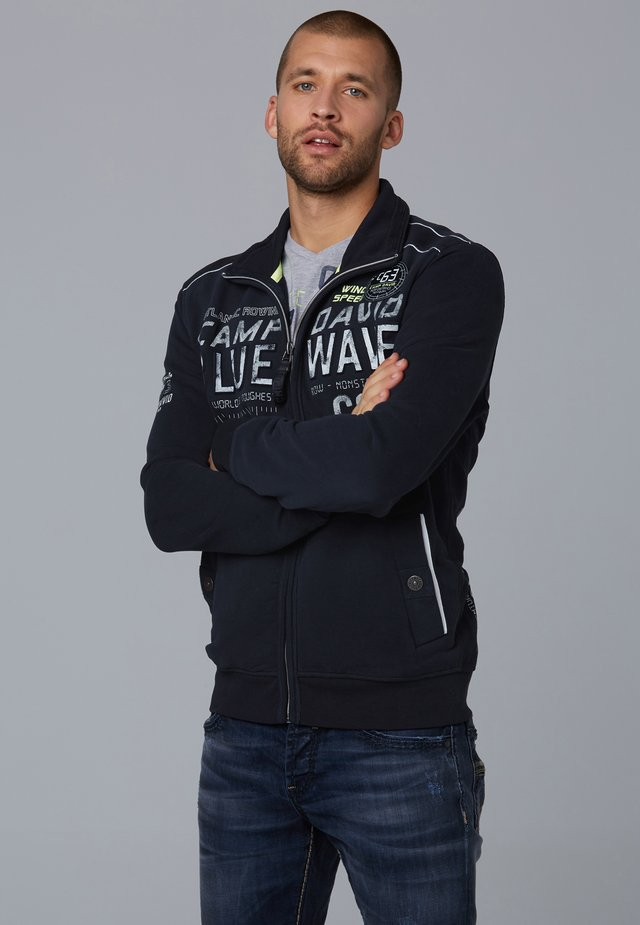 MIT PRÄGUNG  - Zip-up hoodie - blue navy