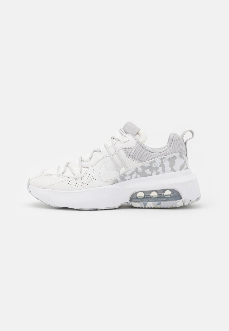 Nike Sportswear - AIR MAX VIVA - Sneakers laag - summit white/platinum tint/grey fog/white/volt