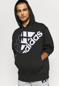 adidas Performance - ESSENTIALS LOOSE - Felpa con cappuccio - black/white - 3