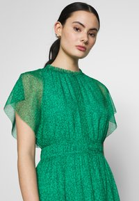 Whistles - SKETCHED FLORAL FRILL SLEEVE DRESS - Kjole - green/multi - 3