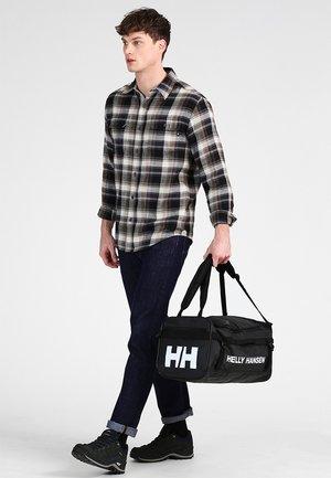 NEW CLASSIC DUFFEL BAG XS 30L - Sporttasche - black