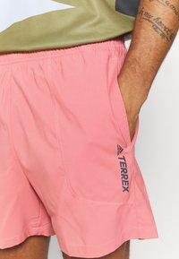 adidas Performance - TERREX MULTI - Shorts - hazy rose - 3