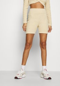 adidas Originals - Shorts - hazbei - 0