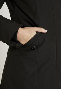 Canadian Classics - FUNDY BAY LONG FAKE FUR - Down coat - black - 6