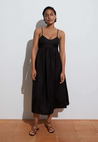 OYSHO - Day dress - black - 2
