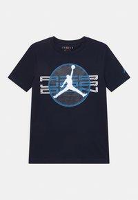 Jordan - JUMPMAN CLEAR - Print T-shirt - obsidian - 0