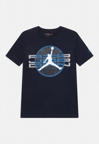 JUMPMAN CLEAR - Print T-shirt - obsidian