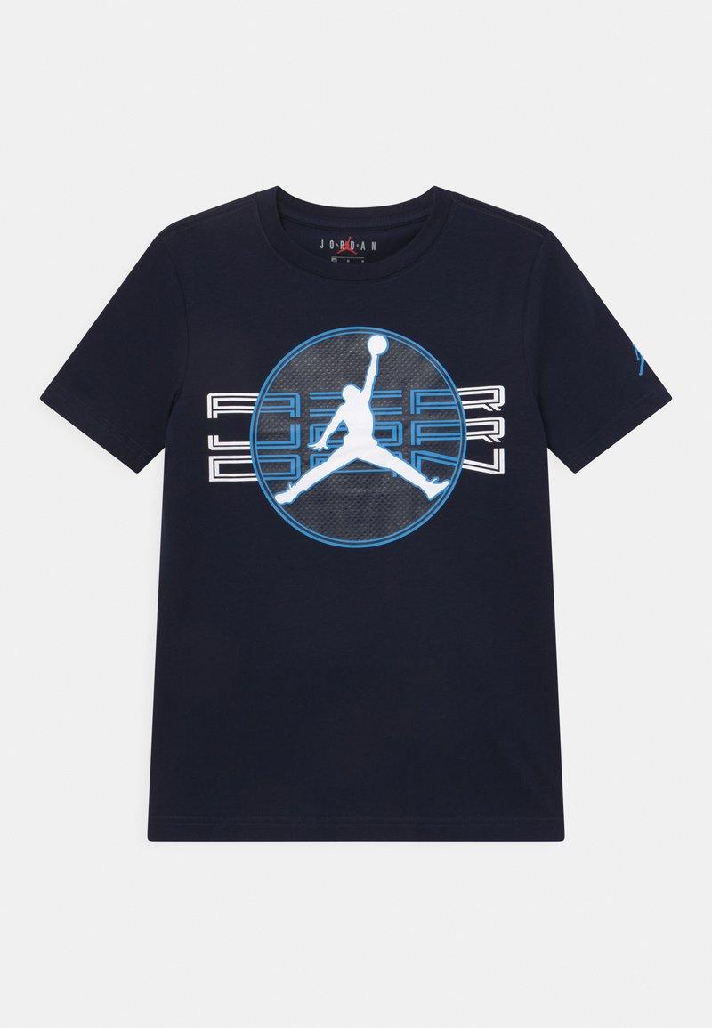 Jordan - JUMPMAN CLEAR - Print T-shirt - obsidian