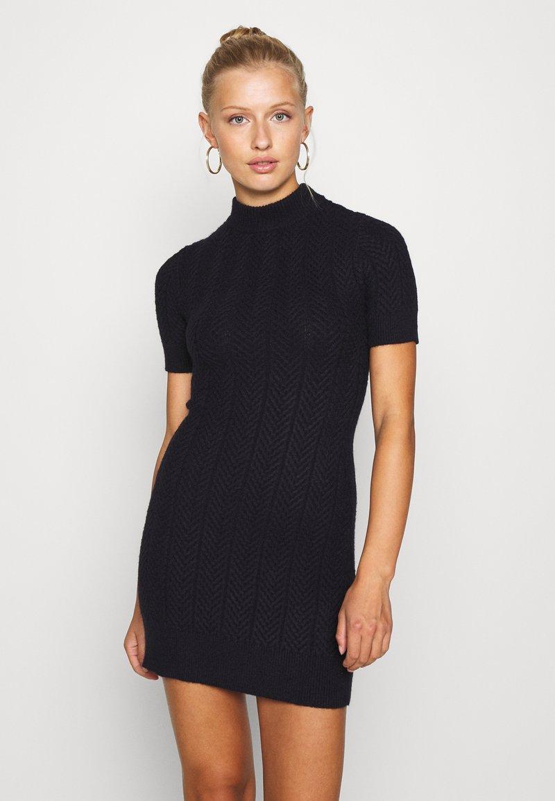 Fashion Union - ETHAL - Strikket kjole - navy
