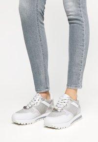 Liu Jo Jeans - Trainers - white/silver - 0