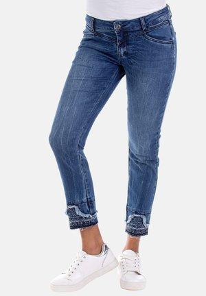 GIGI MIT STRASSSTEINEN - Jeans Skinny Fit - blau
