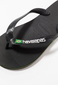 Havaianas - BRASIL LOGO - Pool shoes - black/black - 5