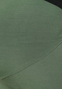 Lindex - MOM LENA - Legginsy - dusty green - 4