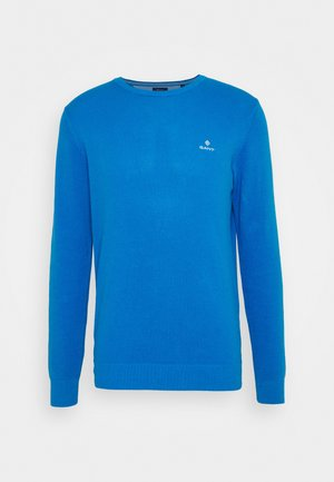 C NECK - Stickad tröja - clear blue