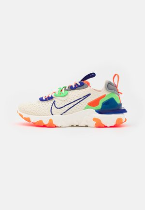 REACT VISION - Sneaker low - ivory/concord/hyper crimson/mean green/particle grey