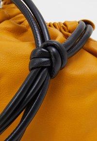 N°21 - COULISSE EVA - Handbag - yellow - 4
