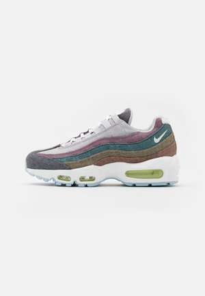 AIR MAX 95 NRG UNISEX - Trainers - vast grey/white/barely volt/bright crimson/black