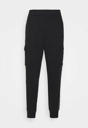REPEAT CARGO PANT - Teplákové kalhoty - black