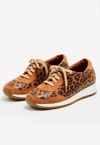 usha - Zapatillas - brown - 3