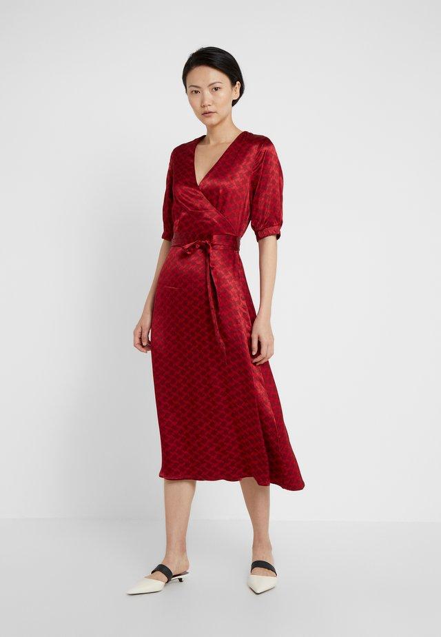 BELLE - Sukienka letnia - raspberry
