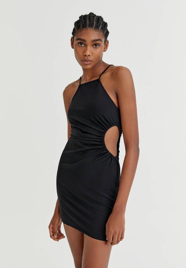 MIT CUT-OUTS UND TRÄGERN - Sukienka letnia - black