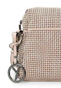 SURI FREY - ROMY BASIC - Across body bag - nude - 4
