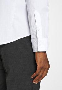 Brave Soul - TUDORD - Kostymskjorta - white - 3