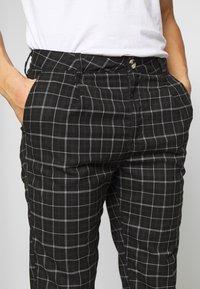 Cotton On - OXFORD - Kalhoty - shadow check - 5