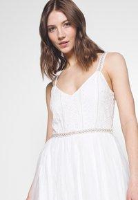 YAS - YASBRIZA STRAP DRESS - Společenské šaty - star white - 4