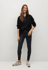 Mango - Jeans Skinny Fit - zwart - 1