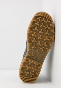 Lowa - HELSINKI II GTX - Hiking shoes - anthrazit - 4