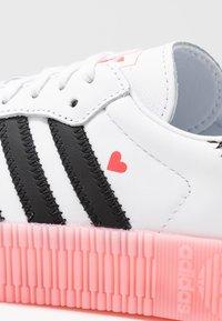 adidas Originals - SAMBAROSE  - Baskets basses - footwear white/core  black/glow pink - 3