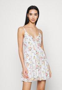 Hollister Co. - BARE FEMME SHORT DRESS - Day dress - white - 0