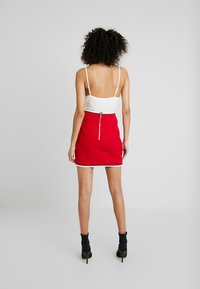 Mossman - HIGH ROLLER SKIRT - Pencil skirt - crimson - 2