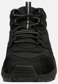 Timberland - RIPCORD MID HIKER  - Höga sneakers - black - 5