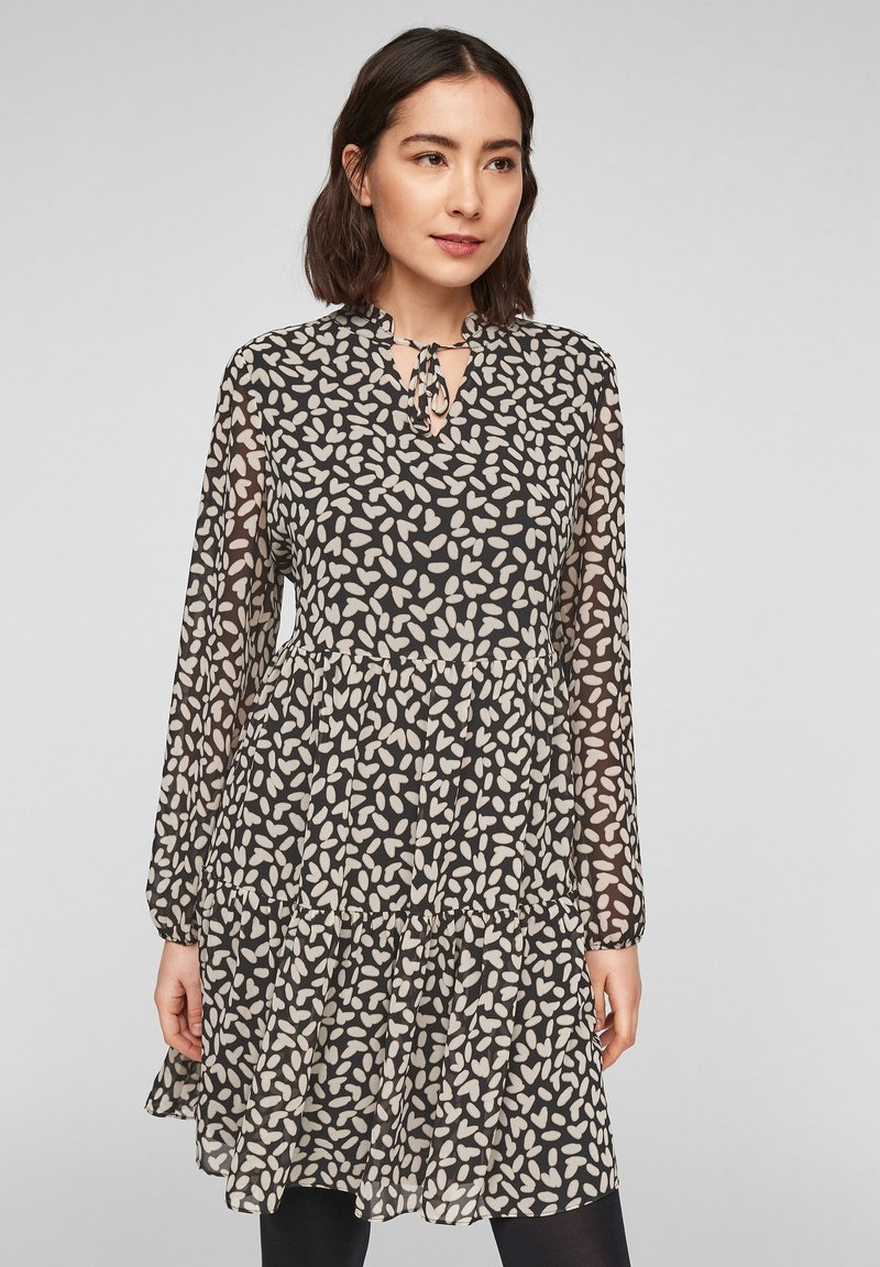 comma - MIT VOLANTS - Day dress - black dot love