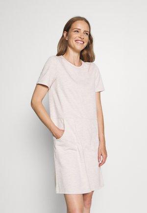 DRESS WITH POCKET - Denní šaty - sand
