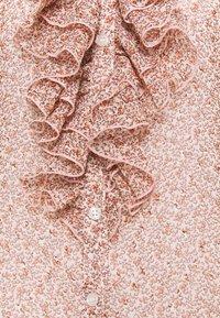 Cream - KINIA BLOUSE - Blouse - coral - 2