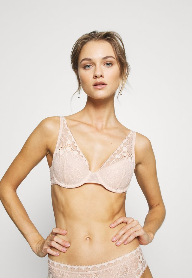 DAY TO NIGHT TIEF AUSGESCHNITTENER SPACER - Reggiseno con ferretto - beige doré