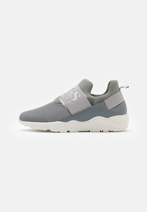 TRAINERS - Slip-ons - medium grey