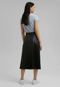 Esprit Collection - Jupe plissée - black - 2