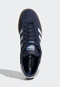 adidas Originals - MUNCHEN - Trainers - blue - 3