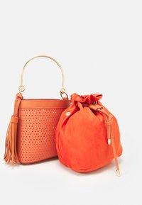 NAF NAF - RDOUDY - Handbag - hibiscus - 3